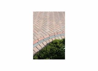 Brett Omega Block Paving Burnt Oak 200x100x50mm