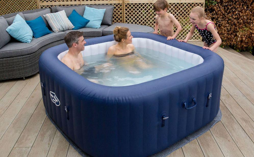 Win a hot tub hire!